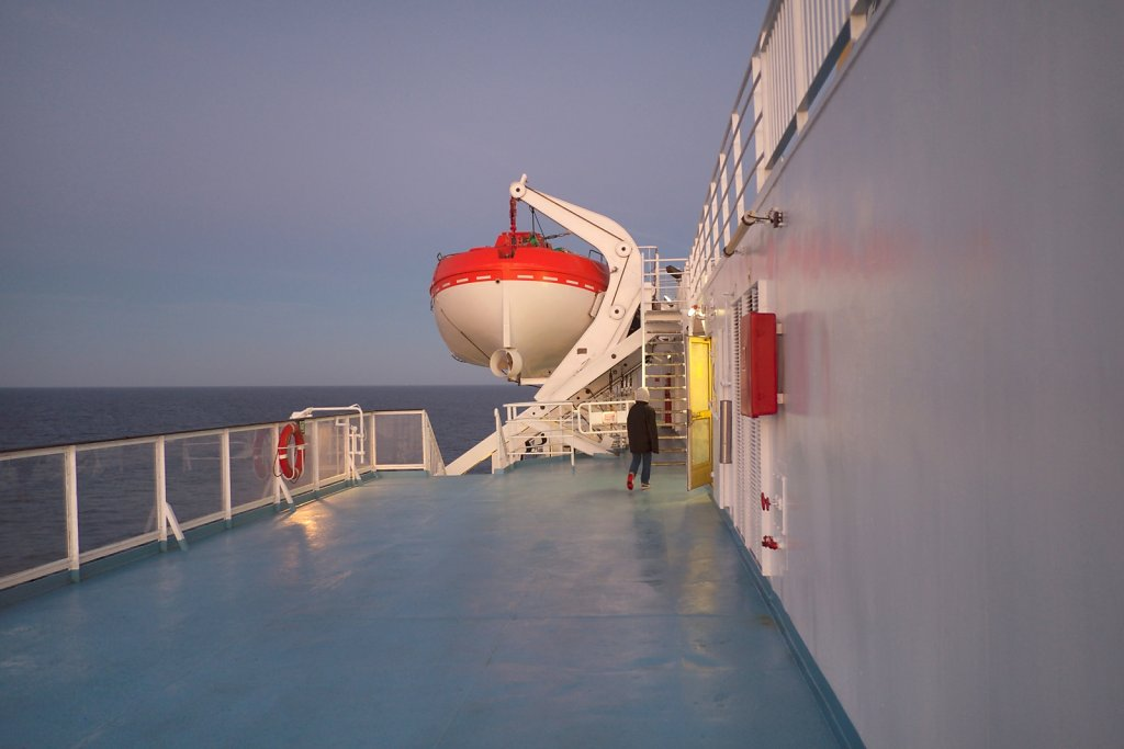 pont-enfant-bateau.jpg