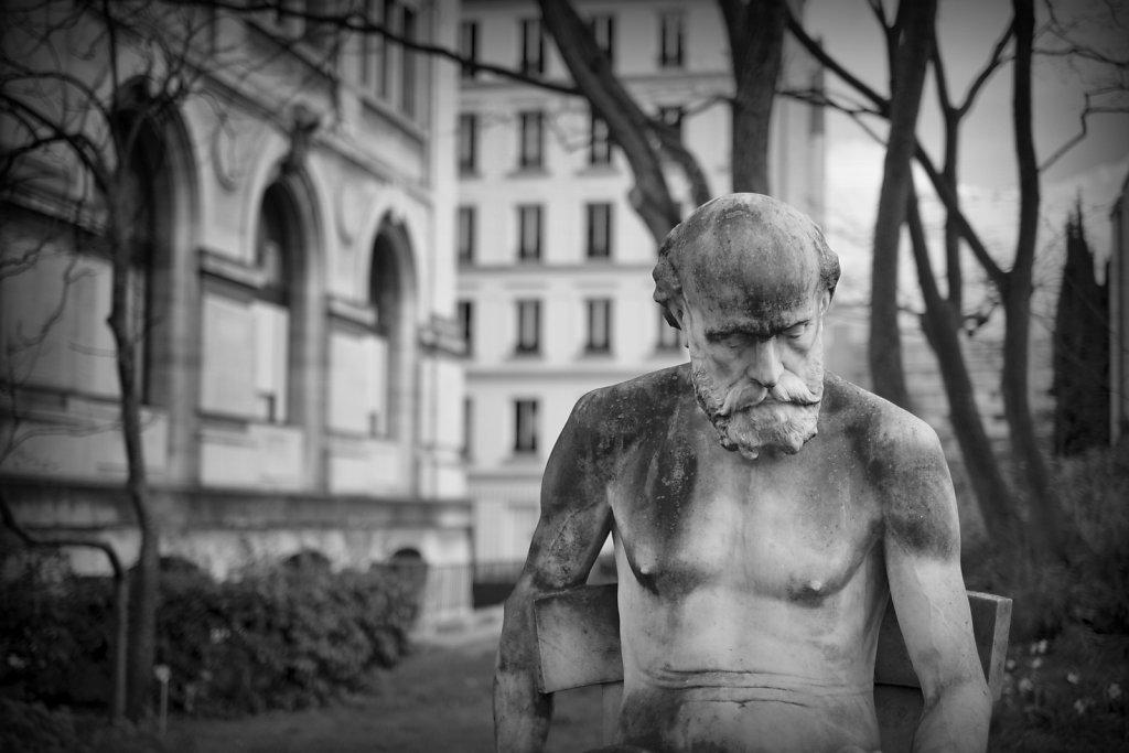 statue-homme.jpg