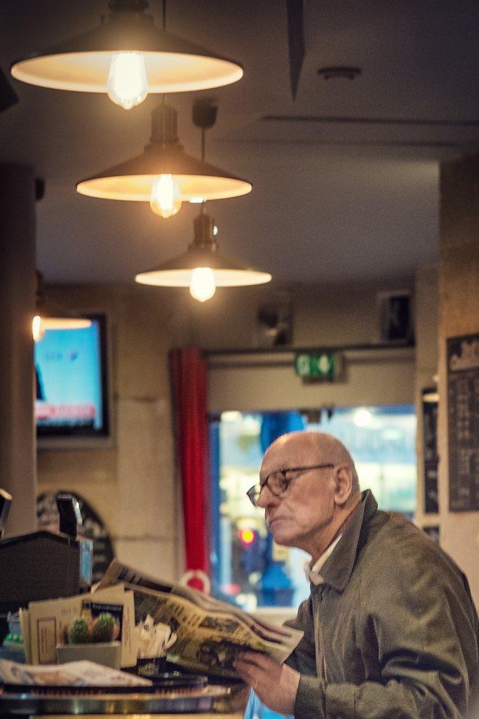vieux-monsieur-bar-Snapseed.jpg